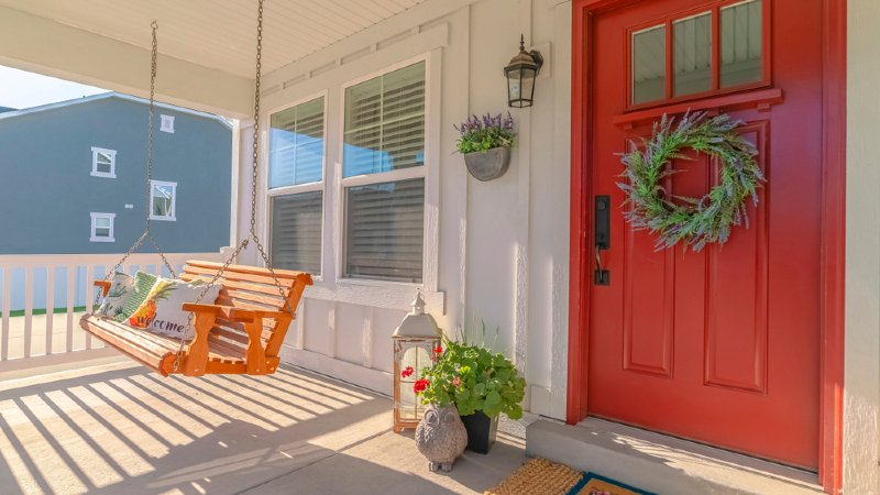 How to Hang Porch Swings